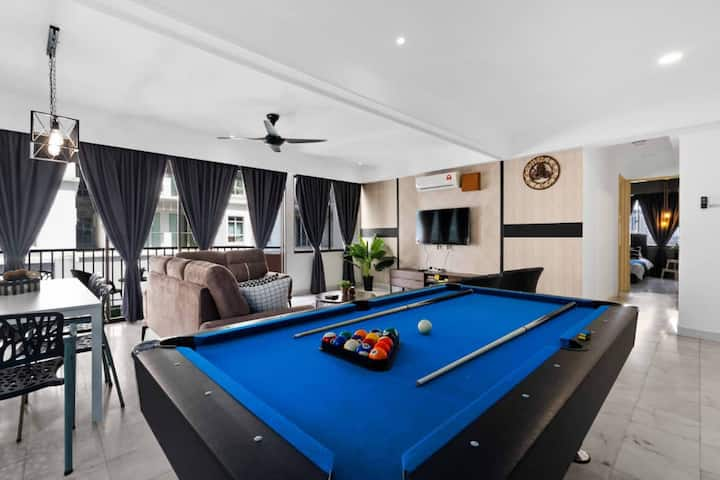 Ultimate Game Room w/Pool Table @ Bukit Bintang