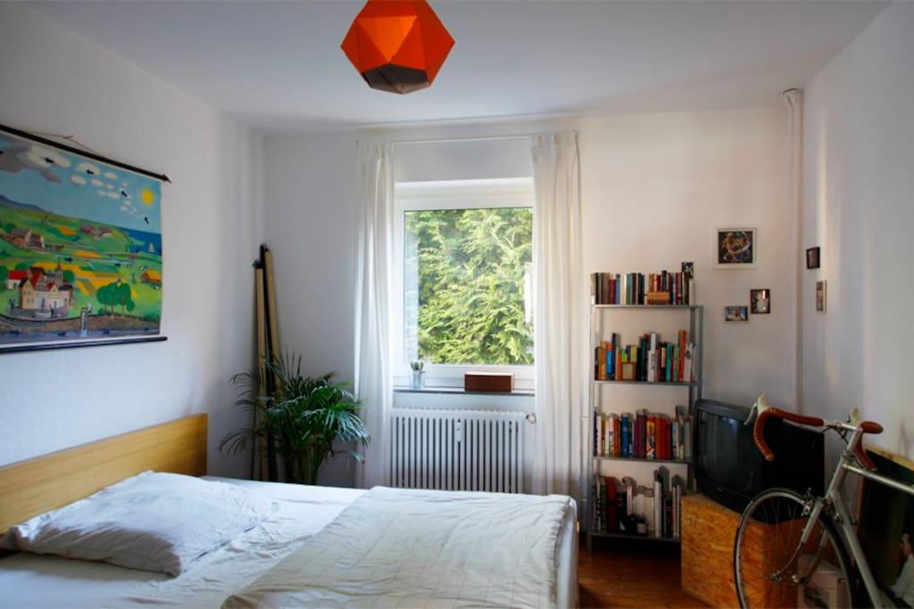 sch ne 2 zimmer wohnung zentral bhv wohnungen zur miete in bremerhaven bremen deutschland. Black Bedroom Furniture Sets. Home Design Ideas