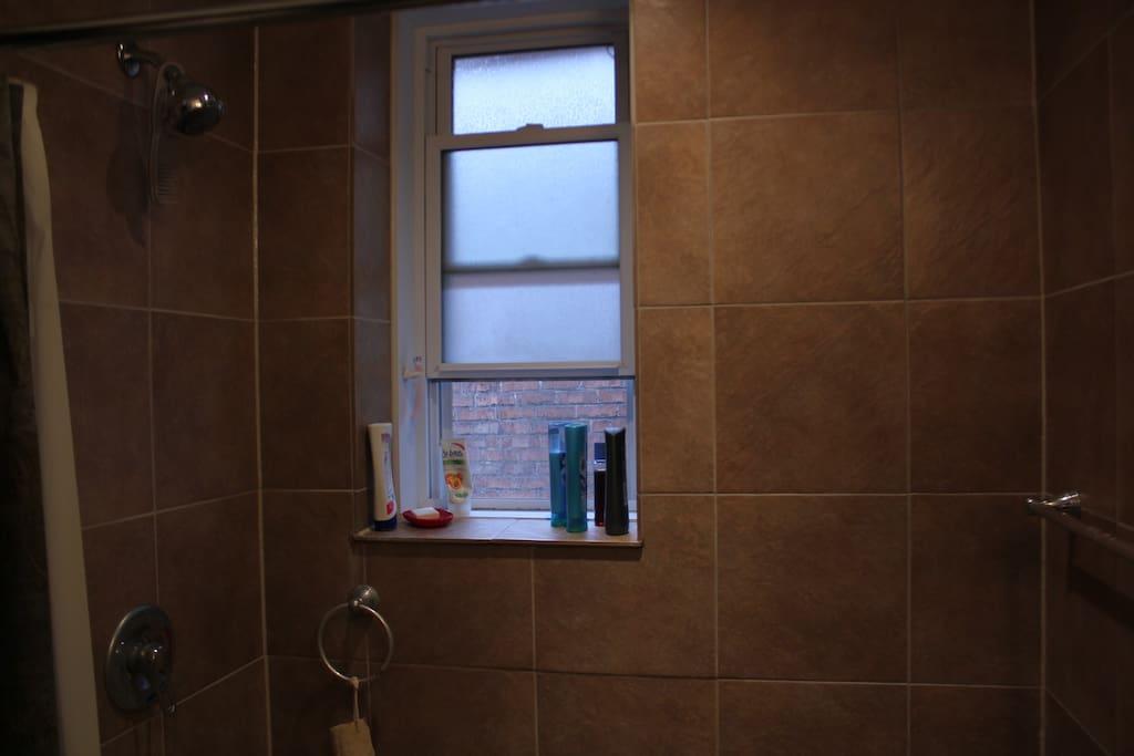 Large shower. No bathtub.