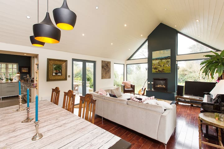 Large Family Killiney Beach home - Dublin - Casa