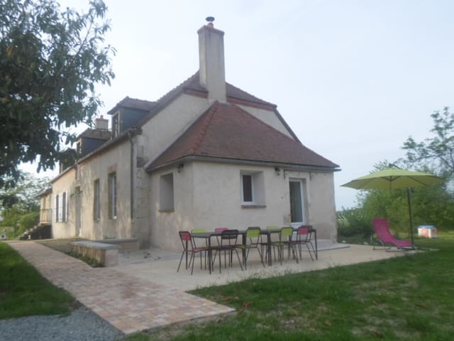 Cottage in french countryside - DECIZE - Casa