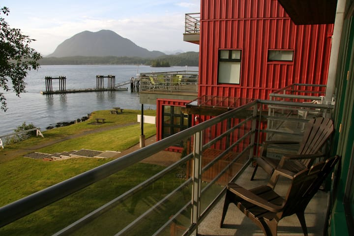 Tofino Waterfront Studio