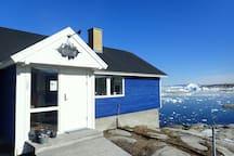 Ilulissat Blue Guesthouse Room 1