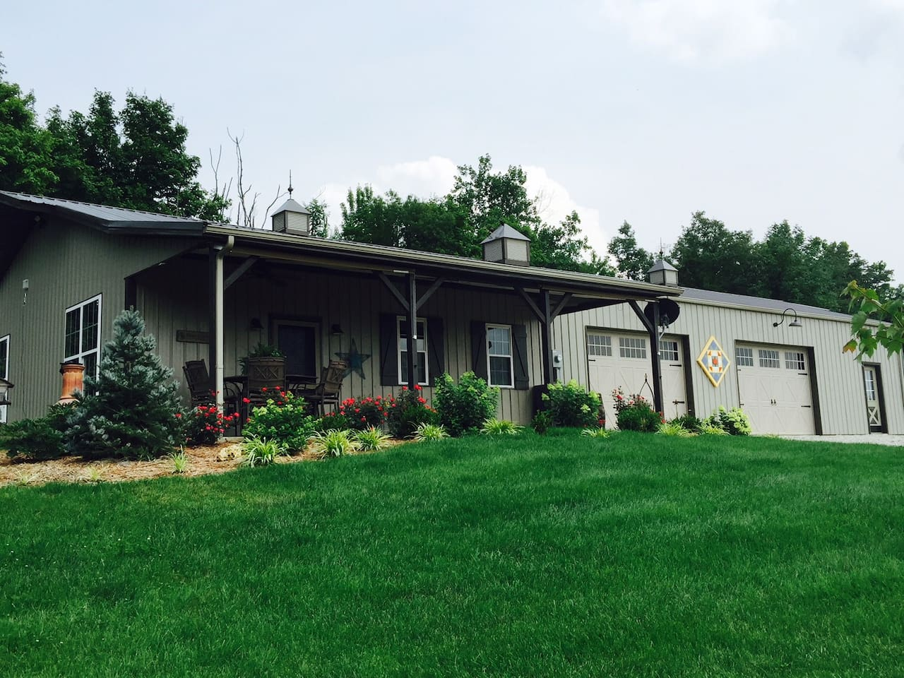Private barn guest house with all the amenities