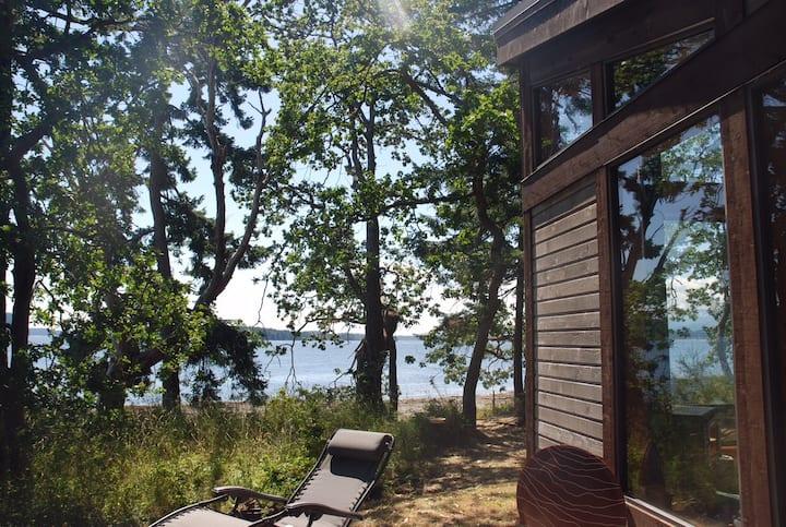 Treetops Retreat
