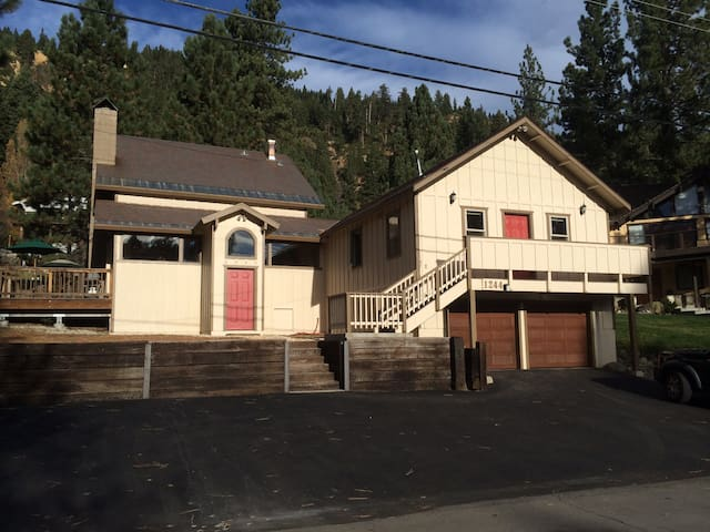 Large Squaw Valley apartment. - Olympic Valley - Daire