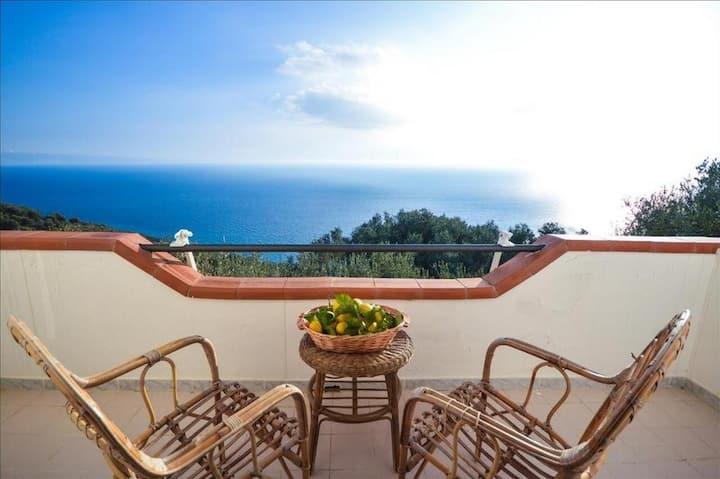 Villa privata con terrazza vista mare 180°