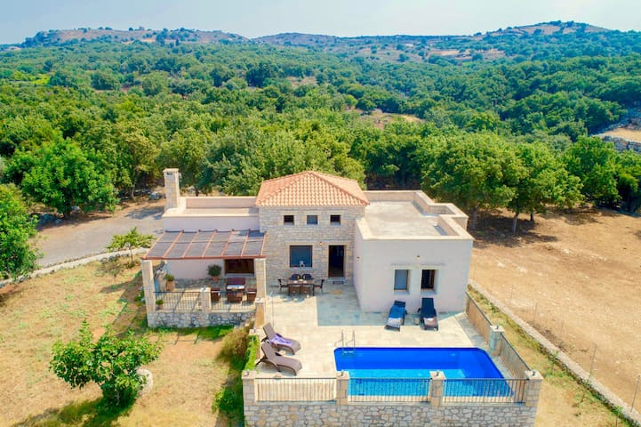 Villa Asterion with private pool