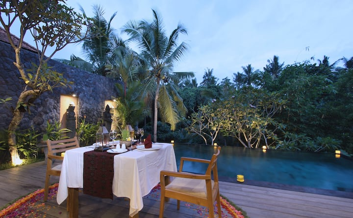 1BR Villa with jungle