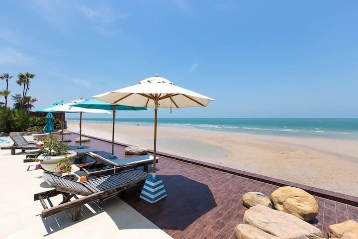 Hua Hin Beach, Modern Condo