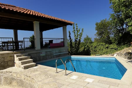 Villa Skylight - Two Bedroom Villa & Studio with Private Swimming Pool, Garden and Sea View