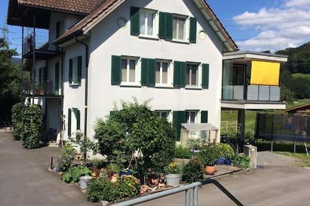 Gemütliches Studio in ländlicher Umgebung