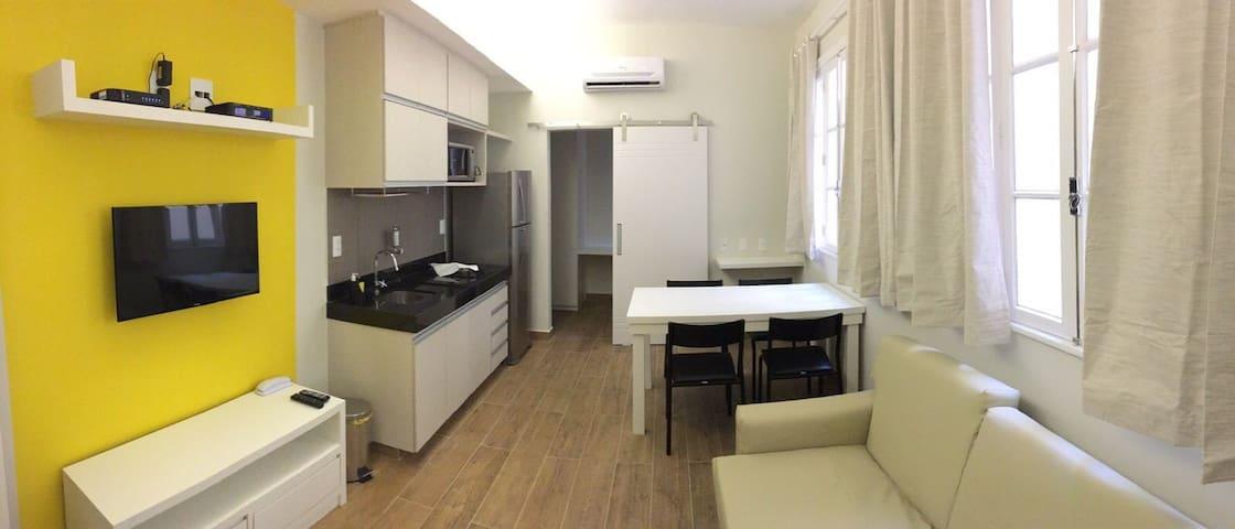 Apartamento Bolívar #304 Amarelo
