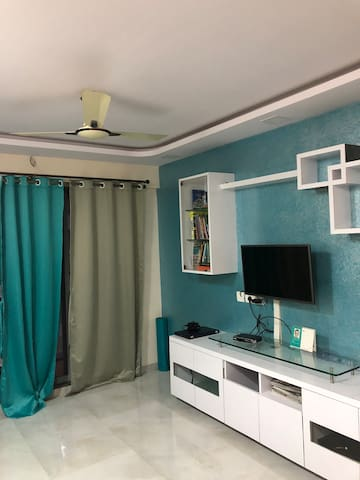 Private AC room in a 2bhk near Int'l Airport