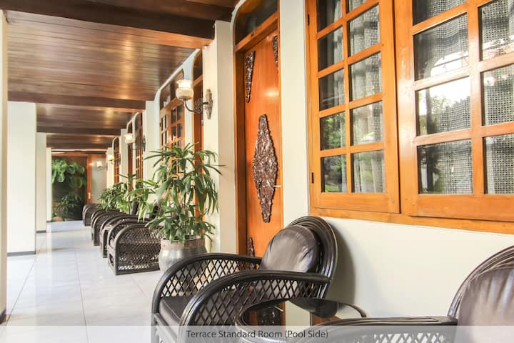 Duta Guest House - Standard Room with Great Pool