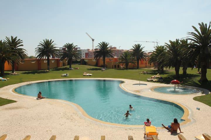 Apartamento com vista piscina