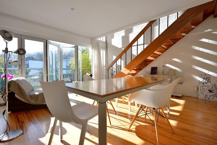 Sunny 2-level Ponsonby apartment - Auckland - Apartment