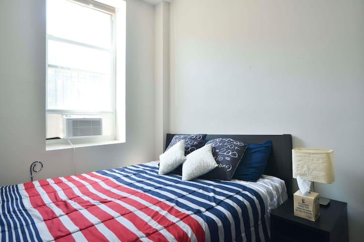 Room Only 10 Min. from Manhattan. - Brooklyn - Departamento