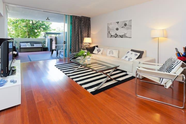 comfortable two bedroom apt - Newstead - Apartment