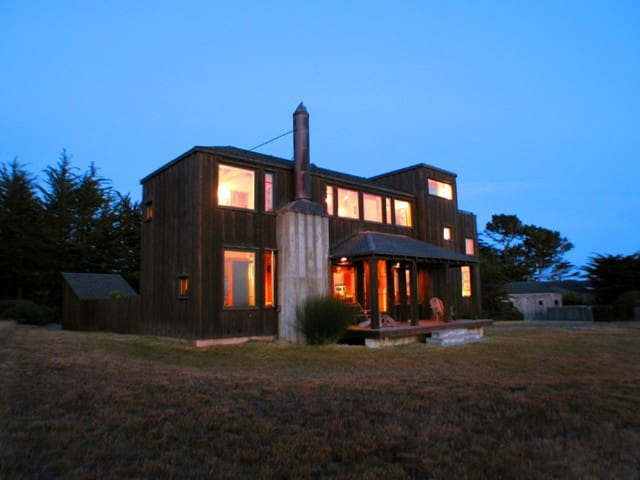 Stunning Sea Ranch Home / Coastal Living Magazine - Sea Ranch