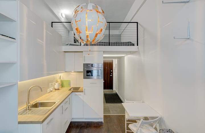 White&Bright RadioLofts studio  in central Vilnius