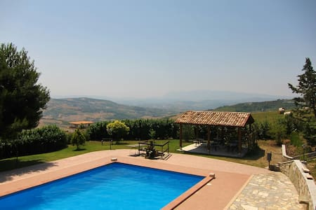 Rooms, B&B, Fragneto Monforte - Bed & Breakfast