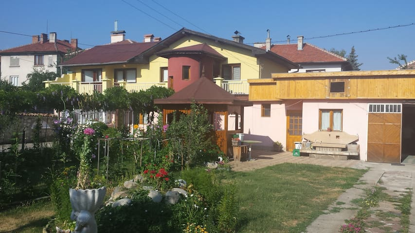 Bed and Breakfast Samokov