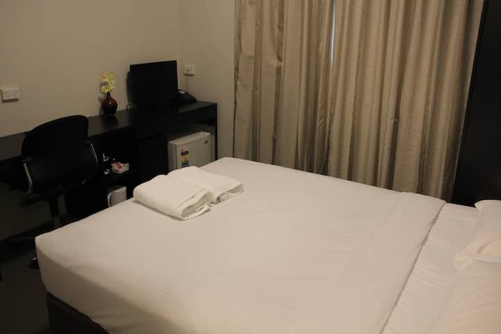 Fully Renovated Double Ensuite Hotel Room