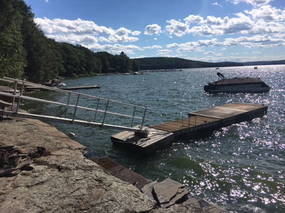 PRIVATE DOCKS FOR YOUR BOAT