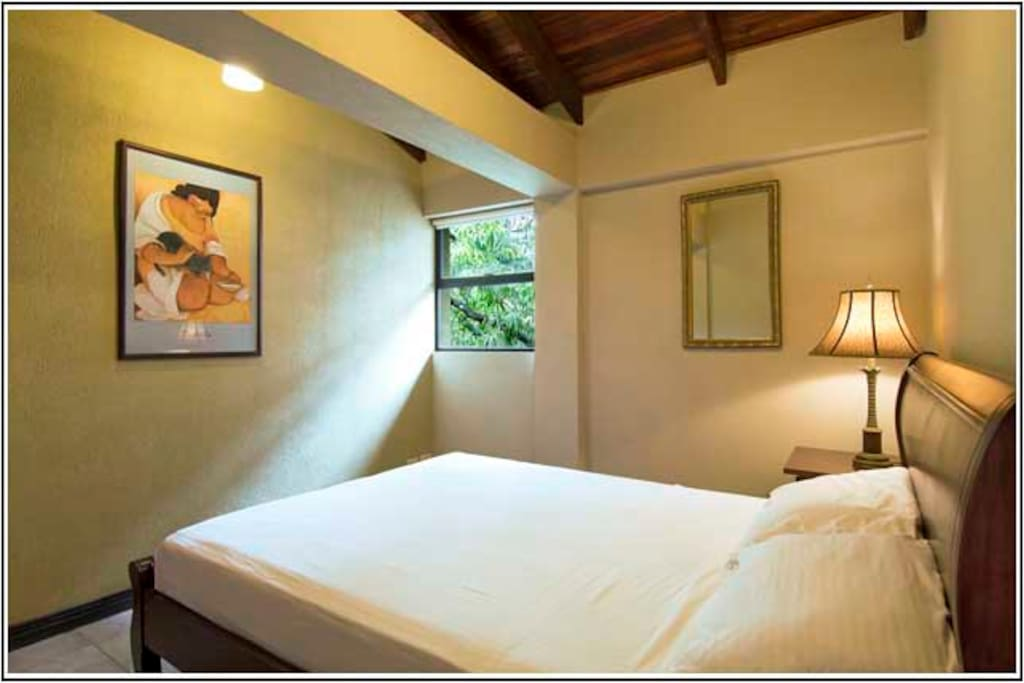 Guest Bedroom Dormitorio secundario