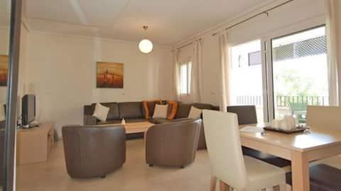 Modern 2 Bedroom Apartment in La Torre Golf Resort