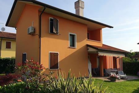 villa singola albarella - Villa