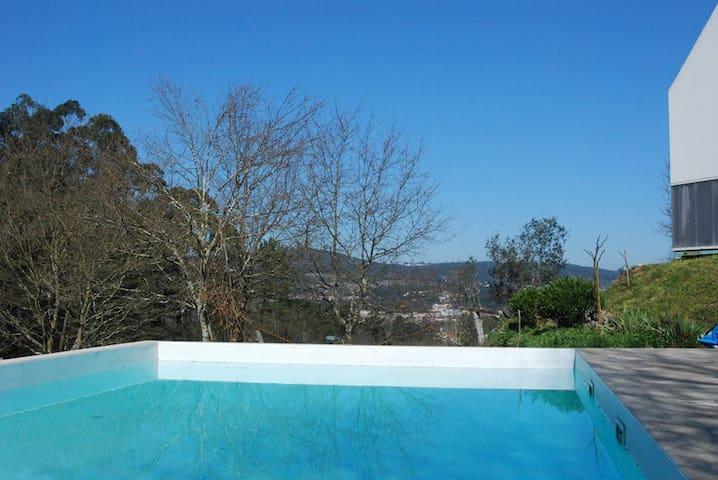 Comunidade da Quinta do Lobo Branco - Paço de Sousa, Penafiel, Porto - Villa