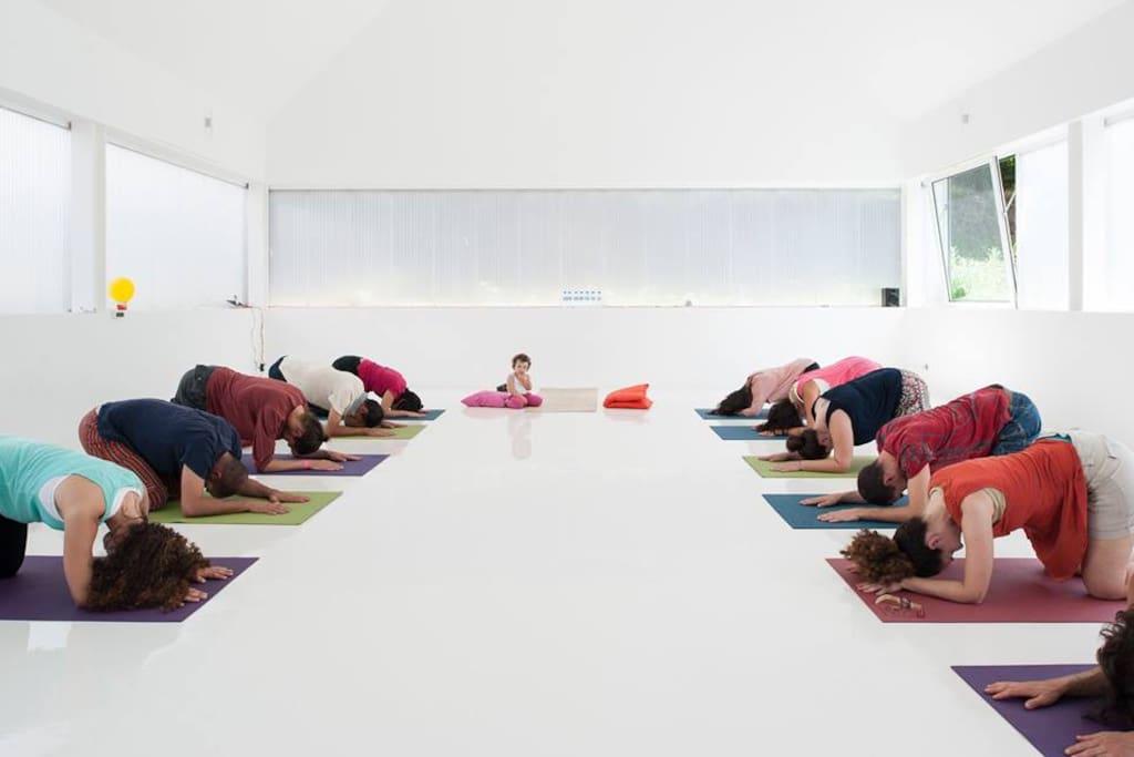 Prática de yoga - acesso livre a hóspedes