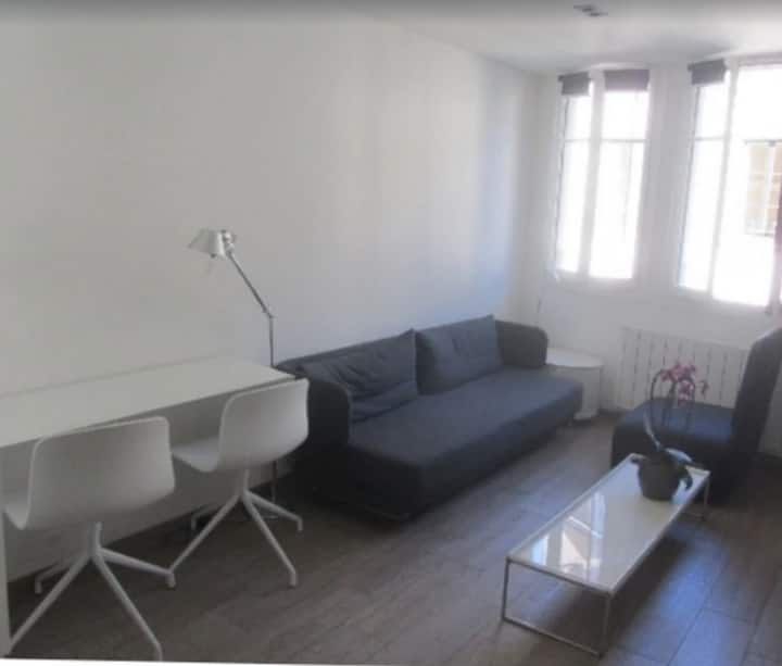Cozy bedroom apartment