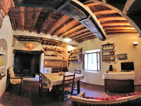 Lorenzo's house – small refuge from plague 1480