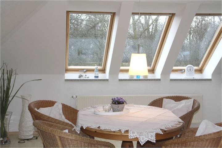 "Strandnahe Atelierwohnung ""Wolkenschloss"" - Hohwacht - Apartment"