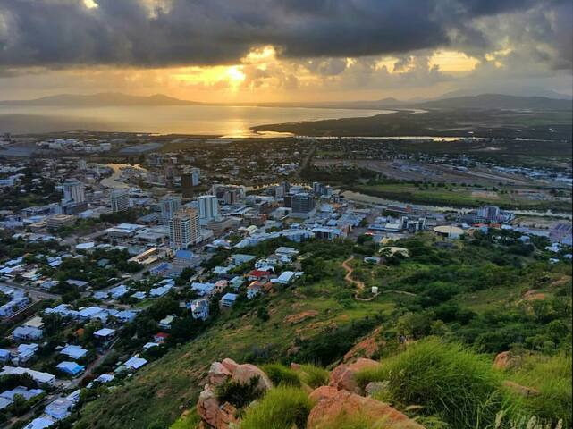A view of Townsville from Castle hill.