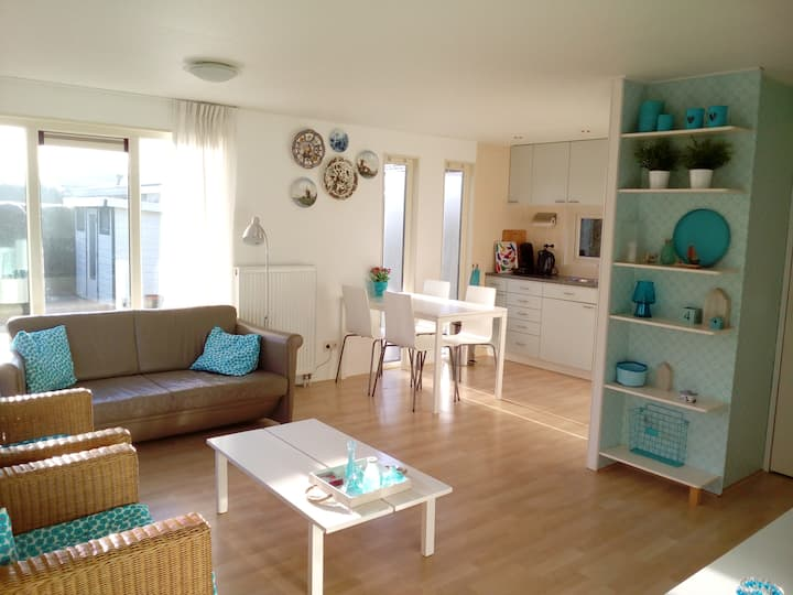 Holiday home 4 p, new, garden, Friesland Waddensea