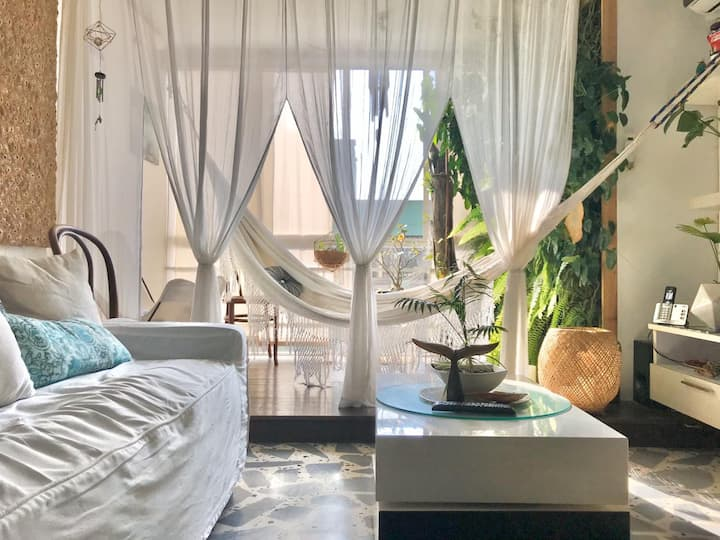 Cozy and Relaxed Caribbean Style Apt