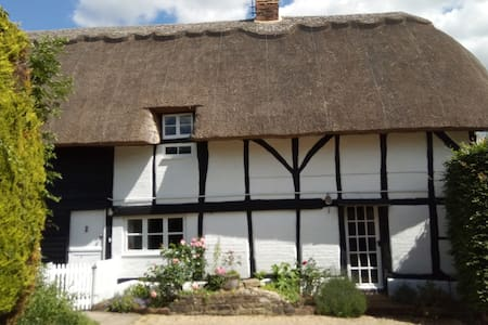 Self contained accommodation in character cottage.