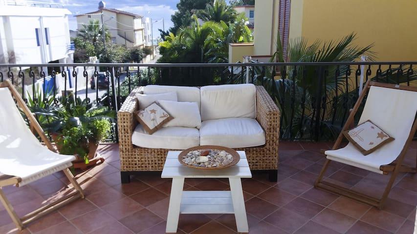 Villa confortevole e luminosa.Lido Di Noto-Sicilia