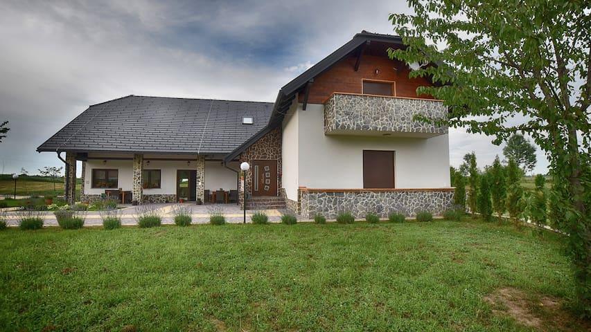 Villa Stone(CheeryMaple)**** - Rakovica - วิลล่า