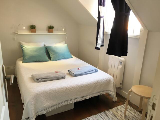 Charming attic with double bedroom! - Porto - House