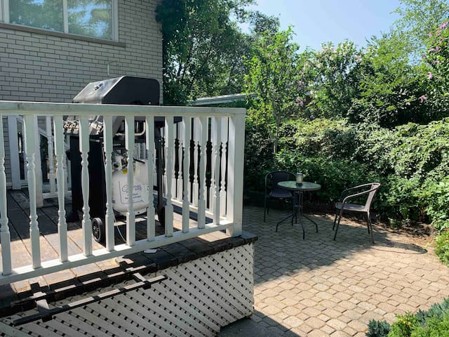 2 beds Guest suite in Mississauga with backyard