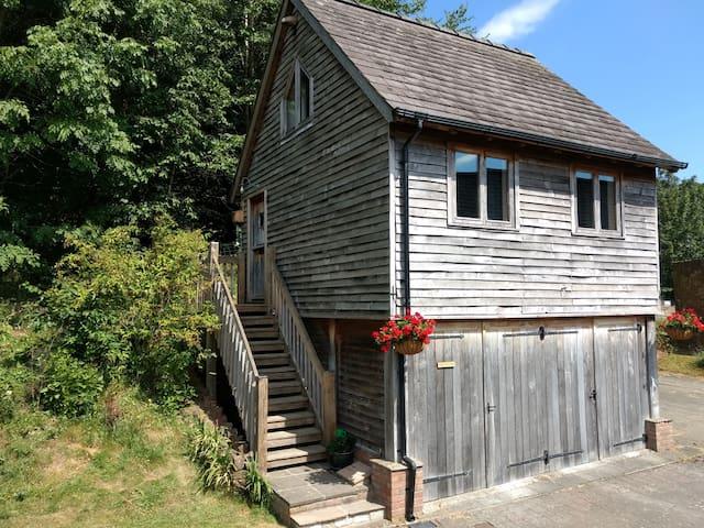 The Studio, Upper House Farm, Crickhowell.