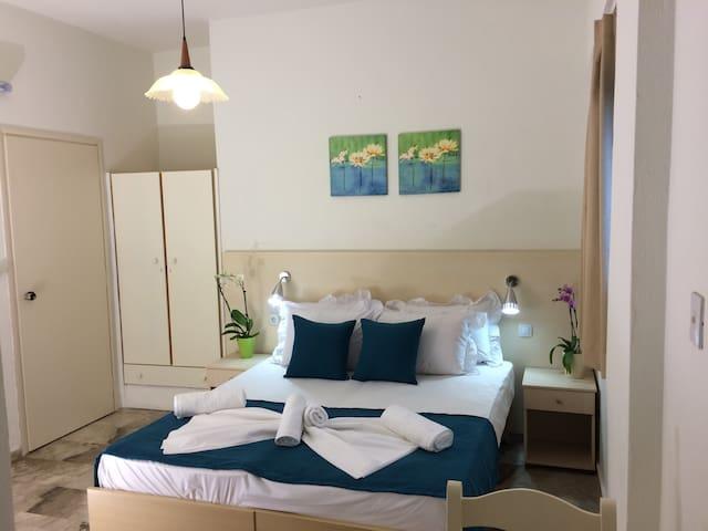 creta sun studio 27 - La Canée - Bed & Breakfast