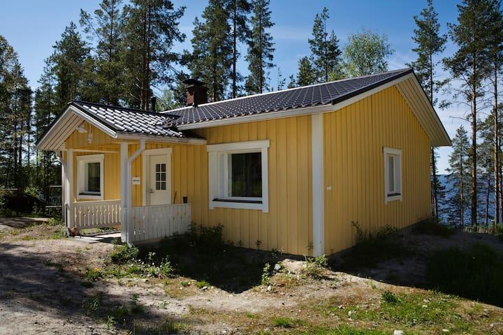 Lomamokki Pielisen rannalla Kolilla - Koli - Chalupa