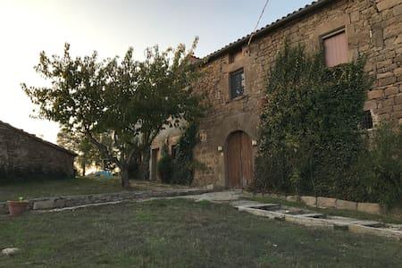 Casa rural en la sierra de CASTELLTALLAT - Sant Mateu de Bages