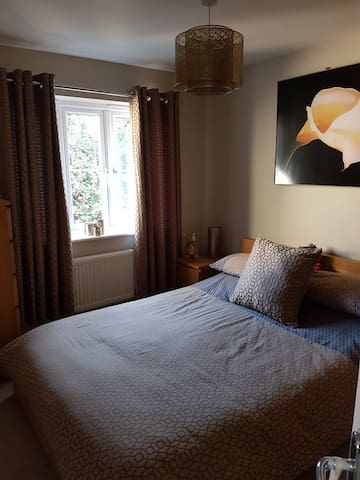 Lovely, comfortable double room near Bristol
